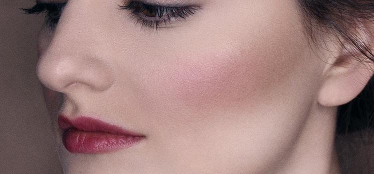 Как скорректировать форму носа при помощи макияжа
