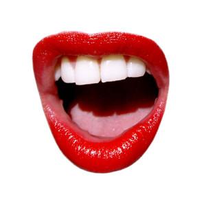 Как правильно красить губы красной помадой