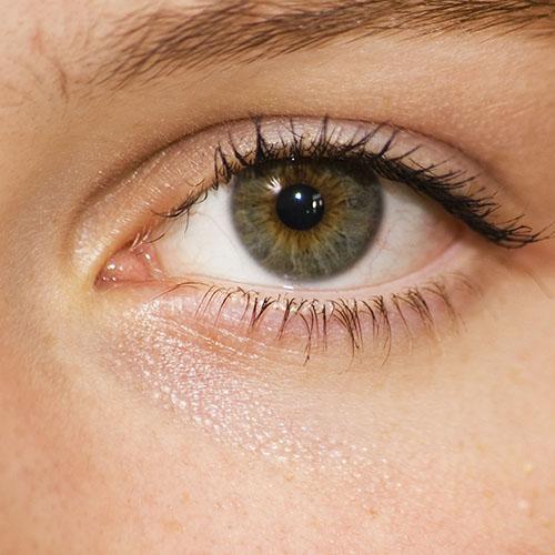 Особенности макияжа для сухой кожи