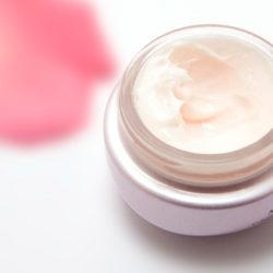 Уход за зрелой кожей перед макияжем
